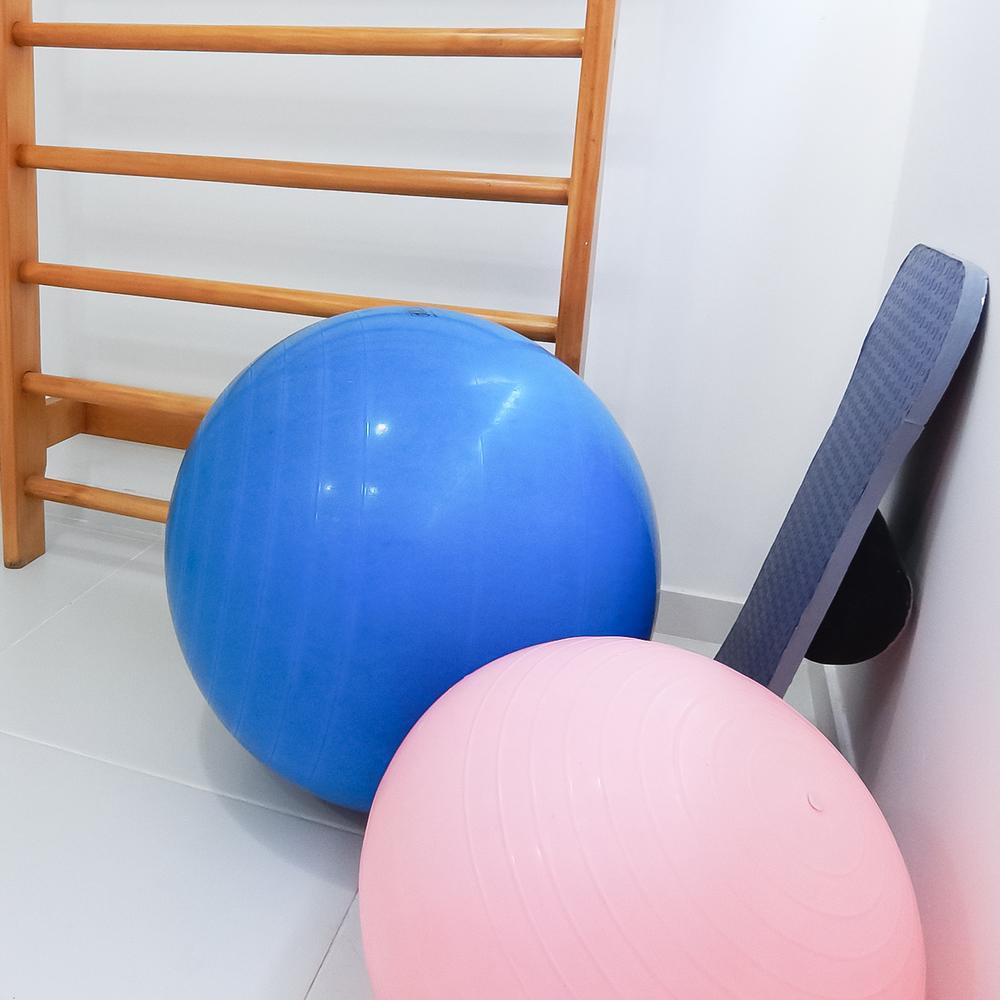 aimaproject-sa-agenzia-di-comunicazione-lugano-foto-pilates-massaggi-medicali-valerie-sorel
